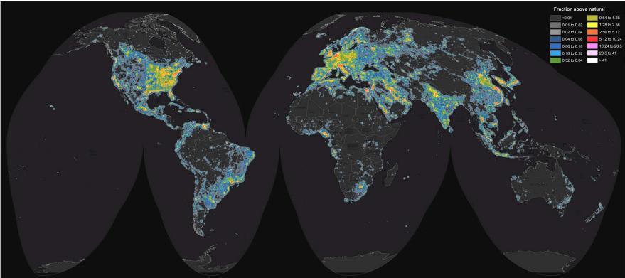 Карта искусственного светового загрязнения в процентах от естественного освещения